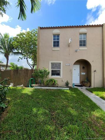 17070 NW 55th Ave Miami Gardens FL 33055
