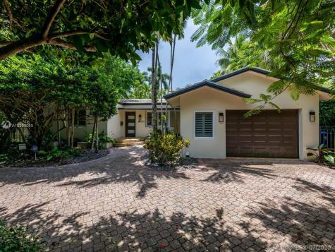 3820 El Prado Blvd Miami FL 33133