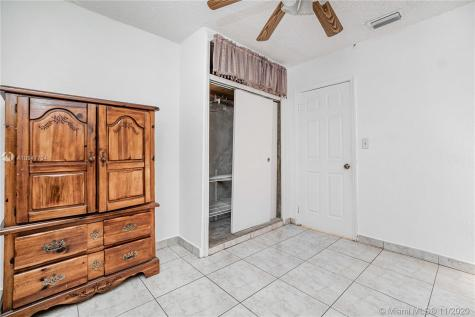 3011 NW 10th Ct Fort Lauderdale FL 33311