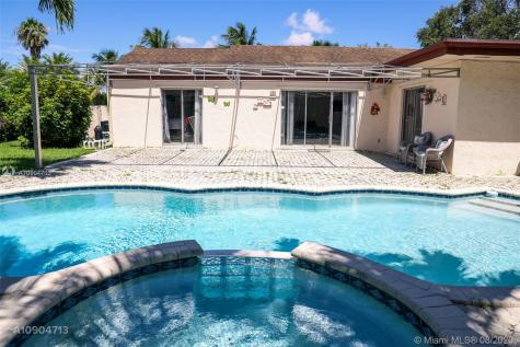 15760 SW 155th Ave Miami FL 33187