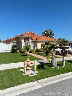 1010 SW 139 ct Miami FL 33184