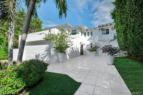 5543 La Gorce Dr Miami Beach FL 33140