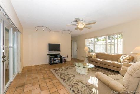 2030 SW 23rd Ave Fort Lauderdale FL 33312