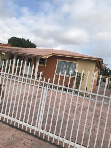 7221 NW 2nd Ter Miami FL 33126