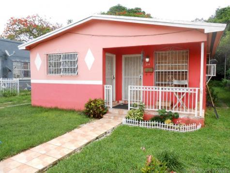 270 NW 81st St Miami FL 33150
