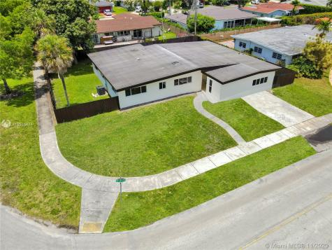 19900 NE 21st Ave Miami FL 33179