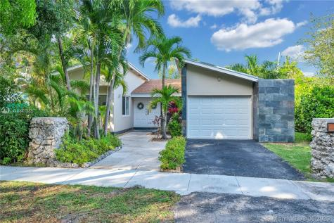 3091 Lucaya St Miami FL 33133