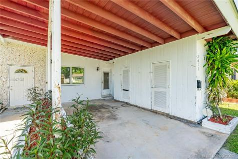 2013 NW 11th Ave Fort Lauderdale FL 33311