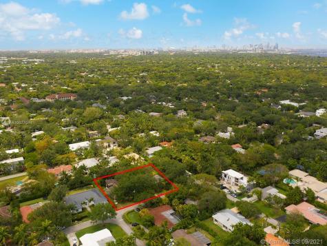 5101 SW 77th St Miami FL 33143