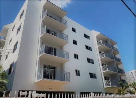 1674 Bay Rd Miami Beach FL 33139