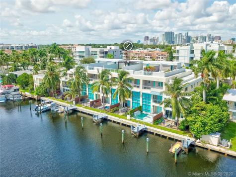 146 Isle Of Venice Dr Fort Lauderdale FL 33301