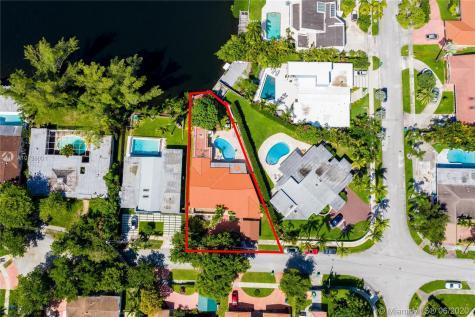 19630 NE 23rd Ave Miami FL 33180