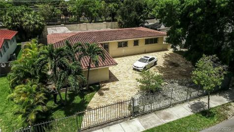 101 W Shore Dr Miami FL 33133