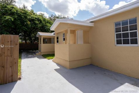 8367 NW 14th Ct Miami FL 33147
