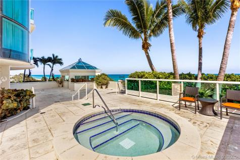 5025 Collins Ave Miami Beach FL 33140