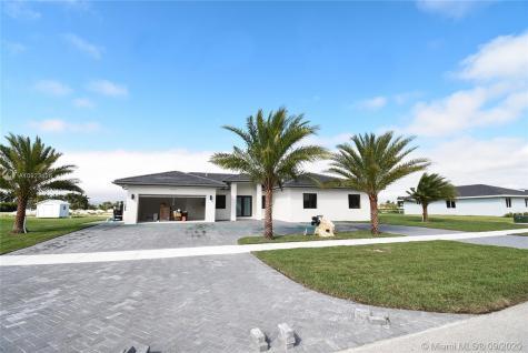 20573 SW 318th St Miami FL 33030