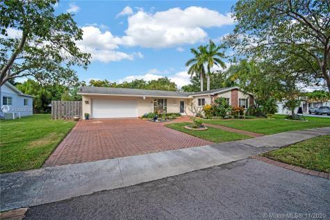 10355 SW 92nd St Miami FL 33176